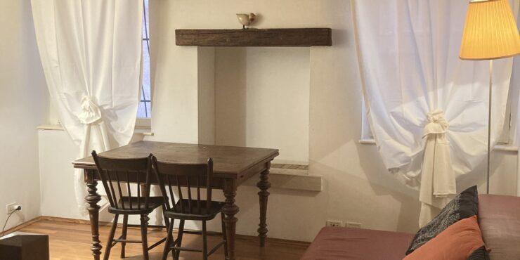Grazioso appartamento con travi a vista