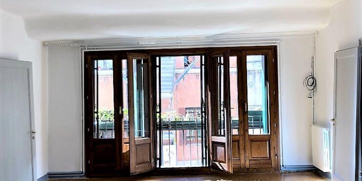 Frari elegante e ampio appartamento veneziano